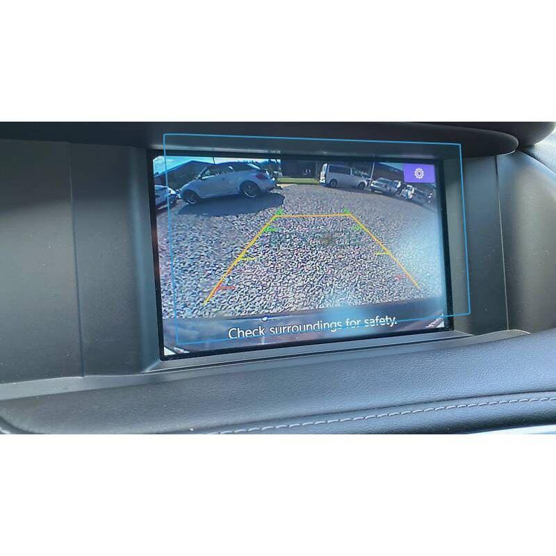 Защитное стекло на монитор Infiniti QX30