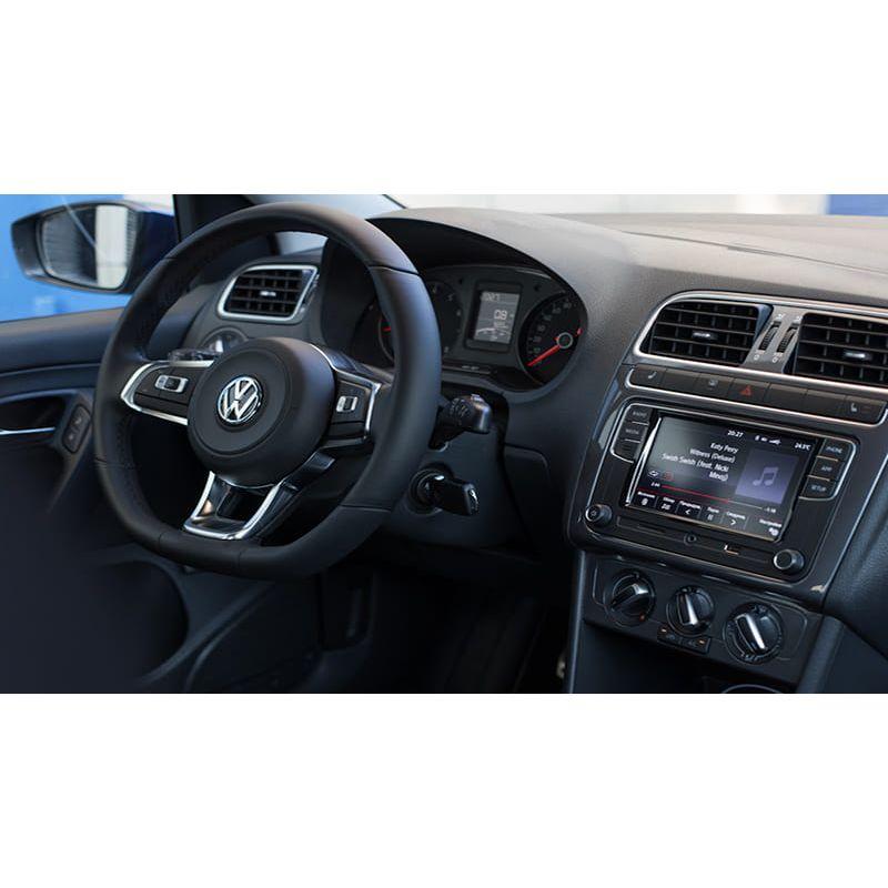 Защитное стекло на монитор Volkswagen Polo Sedan